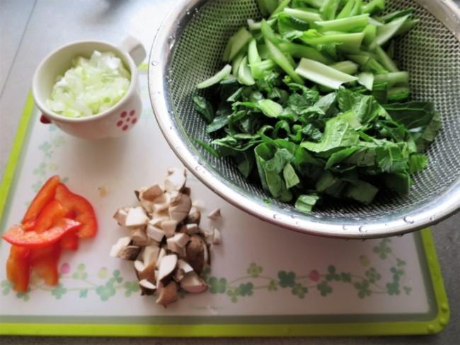 ジャージャー麺の野菜