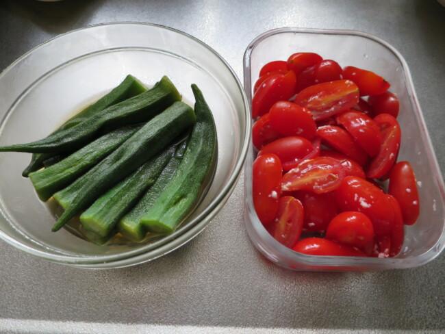 トマトとオクラ